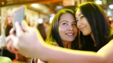 selfie-bench-640x360