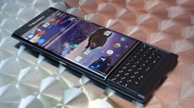 blackberry-priv-review_ubergizmo_05-640x359