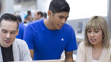 apple-employee-shirt
