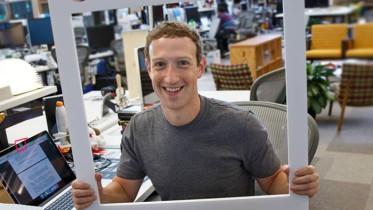 mark-zuckerberg-laptop