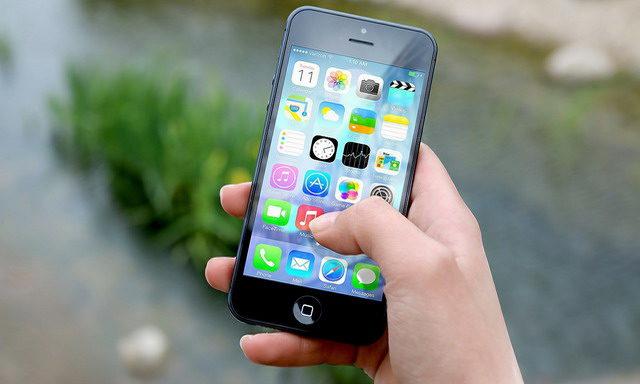 Comment utiliser le clavier à une main sur iPhone dans iOS