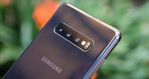 Comment activer la police SamsungOne sur le Galaxy S10